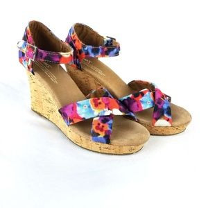 TOMS Oahu Floral Wedge Sandals Size 8.5